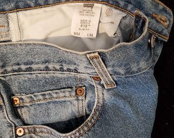 Vintage Levi's 512 Slim Fit, Waist 34, Inseam 33.5