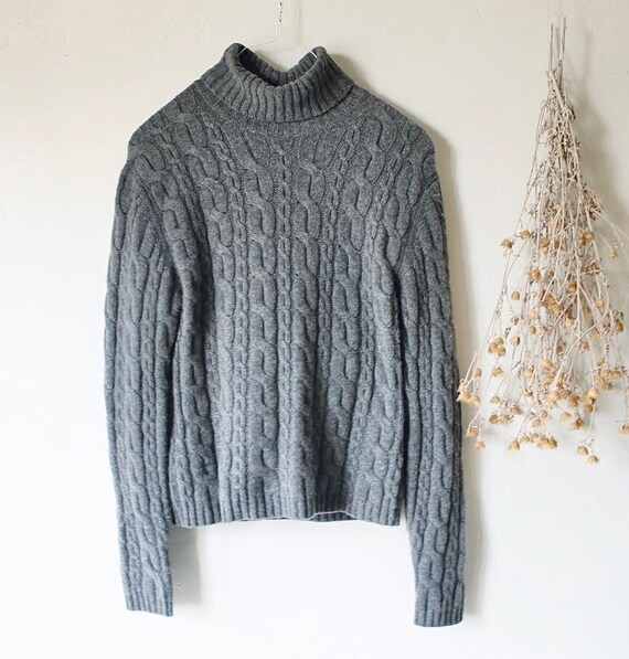 Chunky cashmere cable knit sweater gray cashmere t