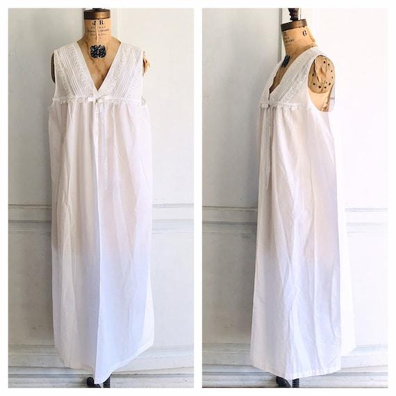 Vintage loungewear dress Victorian style nightgown