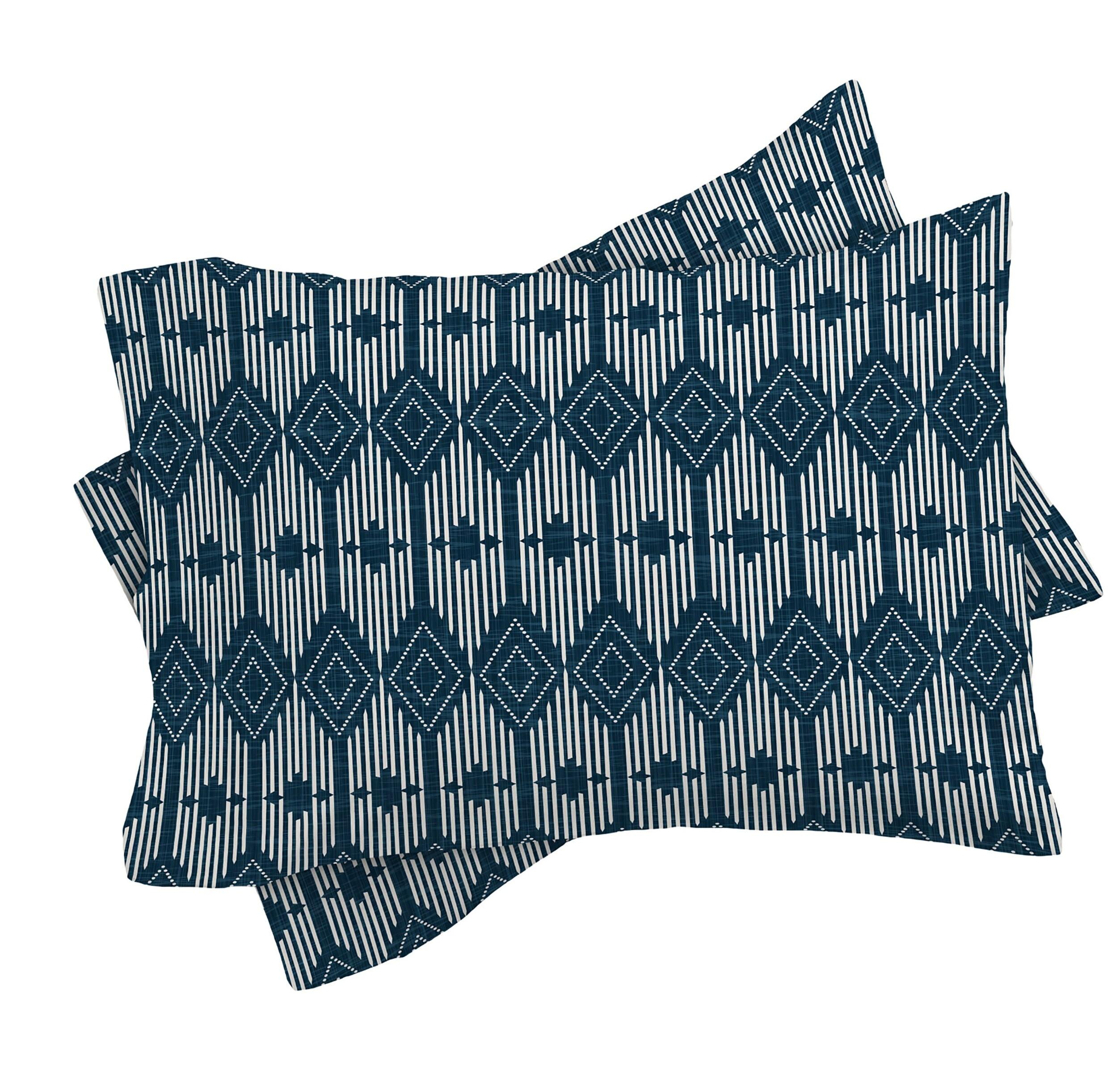 Couverture de couette // Blue Geometric // Twin, Queen, King Sizes // Home Decor // Retro Geometric // West End Midnight Design // Literdding // Blue Bed