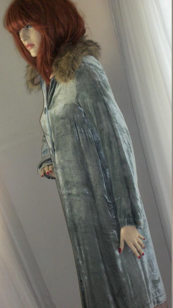 Vintage 1920s Style Flapper Coat Replica Velvet Seafoam Green Size M Removeable Faux Fur Collar
