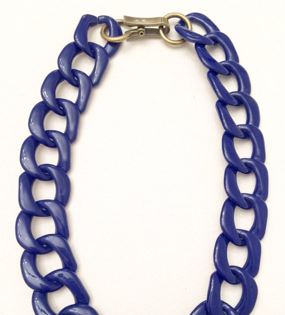 Amelia Cobalt Resin Chain Necklace with Gold Clasp