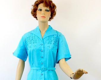 Vintage 50s Floral Day Dress Turquoise Blue Cotton w Embroidered Cutwork Floral Design Shirtwaist Dress Gored Skirt Bust 44