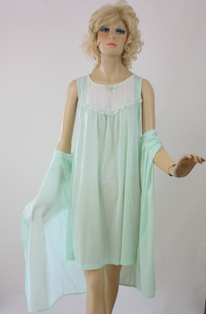 d1bbffc77c3 Vintage 60s Gown   Robe Green Nylon w Lace Baby Doll Gown By