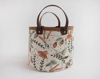 Hummingbirds Small Basket. Bucket Bag. Storage Bag. Project Bag. Tote. Yarn Basket. Knitting Bag. Fabric Bucket.