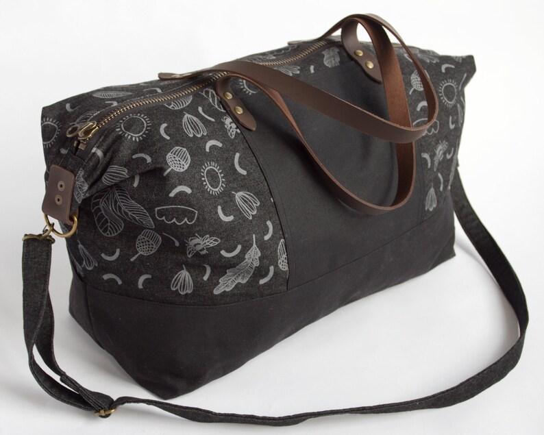 Duffel Bag Overnight Bag Gym Bag Tote Sunny Day Weekender Bag Weekend Bag Carry on Bag. Shoulder Bag