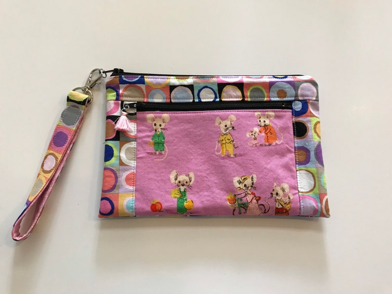 Zipper pouch wristlet with two pockets  small purse  polka image 0