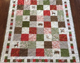 Christmas quilt handmade / holiday quilt / patchwork quilt red and green / holiday lap quilt /  country heirloom quilt