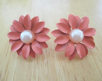 Vintage Costume Jewelry Just Reduced 99 Cents Off Flower Pierce Earrings