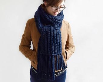 Knit Scarf Pattern // Scarf Pattern // Fisherman's Scarf // Knitting Patterns // Scarf Knitting Pattern