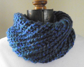 Knit Cowl Scarf, BLUEBERRY Bias Ribbed Cowl Infinity Scarf (629)