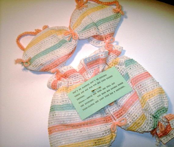 Bikini dishcloth gag gift