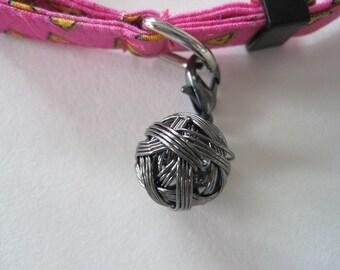 Cat Collar Charm - Metal Yarn