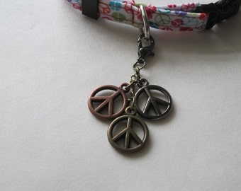 Cat Collar Charm - Peace Signs - Jewelry For Your Cats