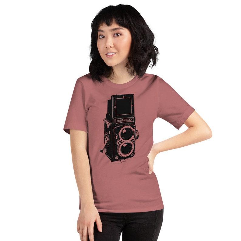 Rolleiflex Vintage Camera Print Cool Photographer Shirt image 0