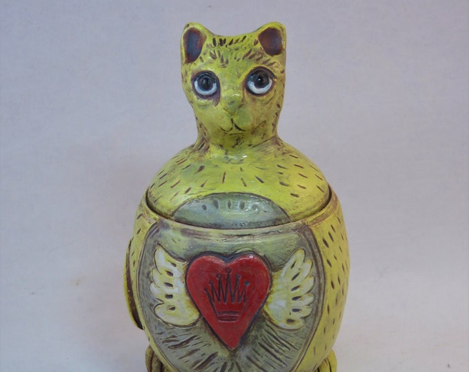 Buttercup kitty lidded vessel with winged heart ceramic artisan made SHIPPING INCLUDED
