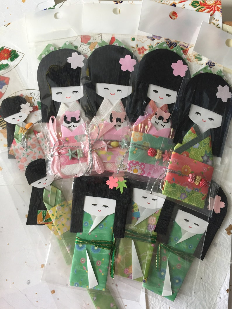 Japanese paper kimono dolls handmade gift for her mother daughter Origami dolls 9 pieces
