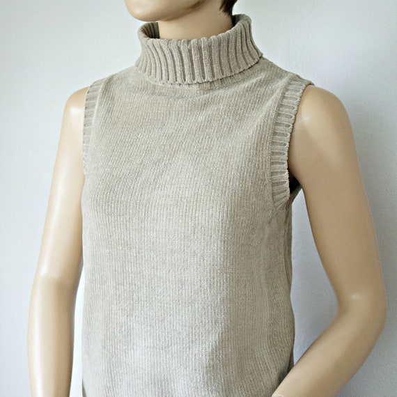 Vintage Sweater Shell Moss Green Sleeveless 1970's