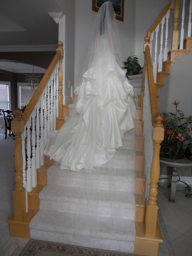 """Two tier circular 90"""" Chapel cathedral bridal Wedding Veil white, ivory or diamond abusymother blusher veil"""