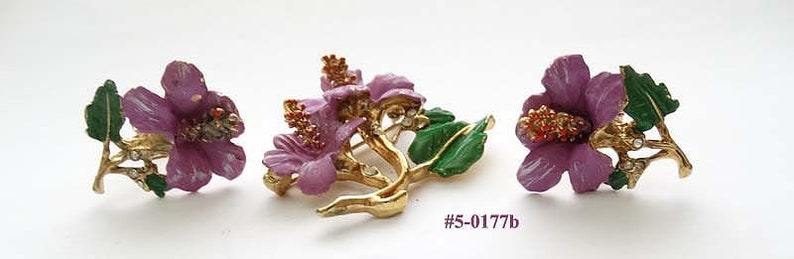 5-0177 Purple Enamel And Green Leaves Flowers Brooch And Earrings