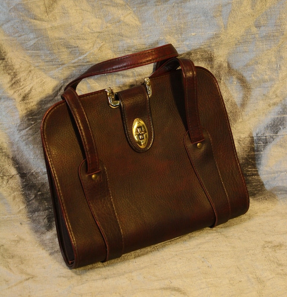 Vintage Raisin Brown Leather Latching Satchel