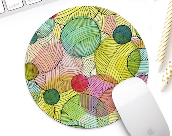 Yarn stash mouse pad, original illustrated gift for knitters, knitting accessories, yarn lover gift for crocheters, yarn balls mousepad