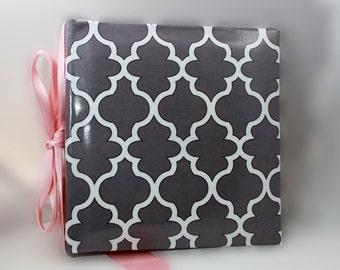 Gray quatrefoile Recipe Album with  personalized recipe cards