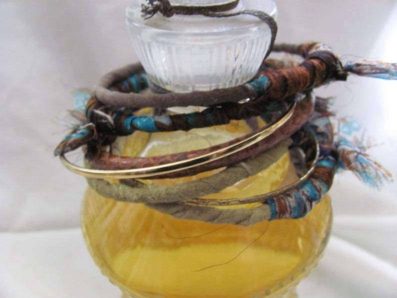 #02 Stacking Bangle Bracelets Textile Leather Set of 7 Brown Green Gold