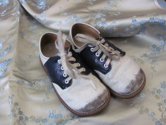 Vintage Stride Rite Baby Infant Child