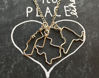 Personalized Gift- Gift for Her - Home State Necklace - Small State Necklace - State Outline- State Necklace - State Jewelry - Travel