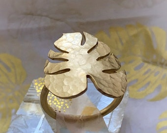 Monstera Leaf Ring - Monstera Lovers Ring - Monstera Ring - Beautiful Ring - Gift For Her - Plant Lovers Gift - Plant Lady