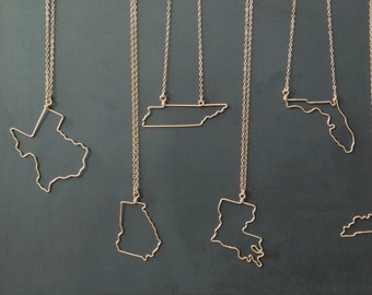 State Necklace - State Outline Necklace - Personalized State Jewelry - State Necklaces - Travel Necklace - Bridesmaid Gift - Gift for Her