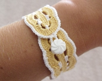 Yellow and White Crocheted Bracelet - Vintage Inspired Victorian Style Bracelet