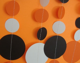 Halloween Circle Garland | Orange, White, and Black Party Garland