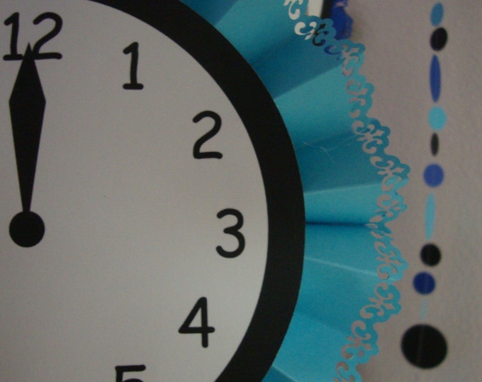 Paper Clock Medalion New Year's Party Decor
