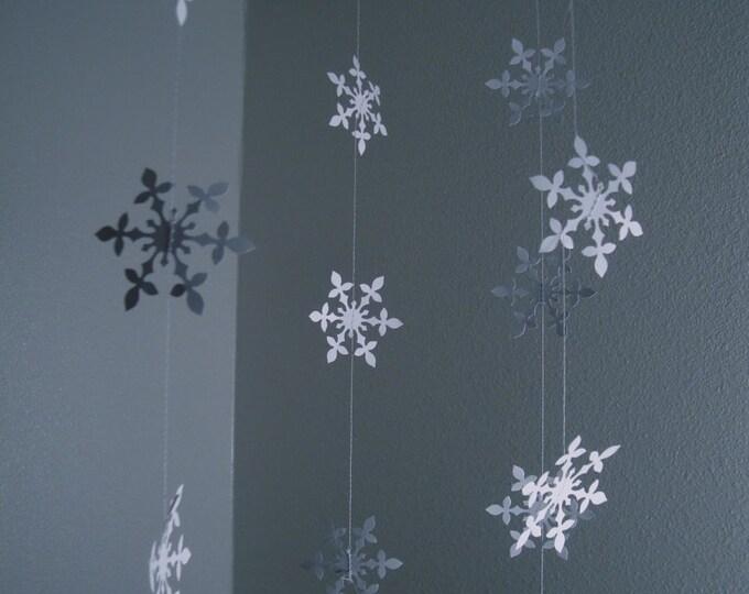Hanging snowflake garland set of 4 strands