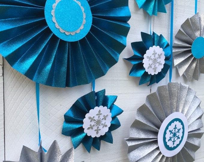 Frozen-theme Glitter Paper Rosettes