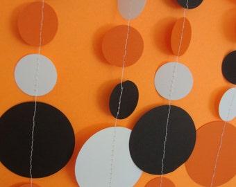 Halloween Circle Garland   Orange, White, and Black Party Garland