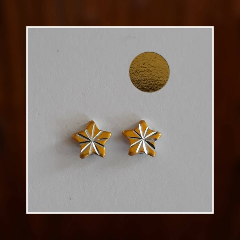 Mid Century Atomic Starburst Stud Earring Set in Golden Yellow image 0