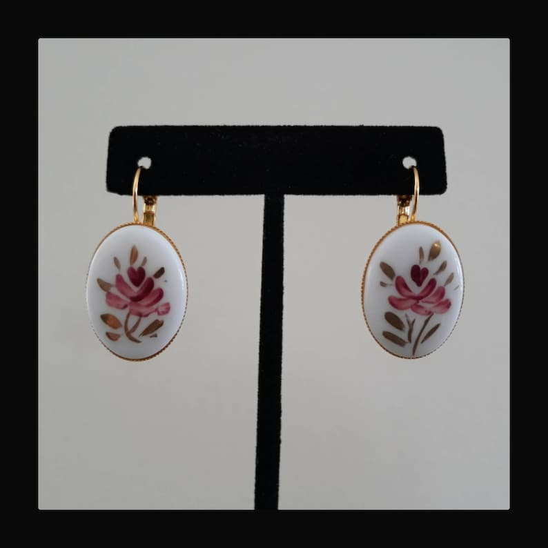 Fabulous Floral and Heart Cabochon Earring Set with 14k Gold Plate French Lever Back Setting White Pink and Gold Oh My!