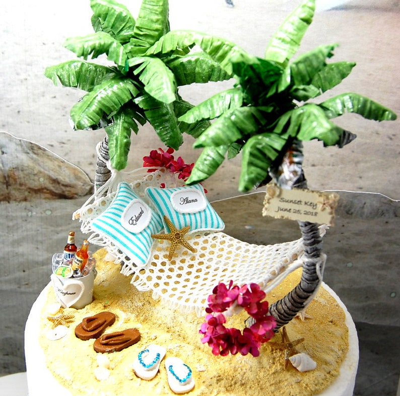 59a589033e0dd8 BEACH WEDDING CAKE Topper Hawaiian Request Your Colors Base
