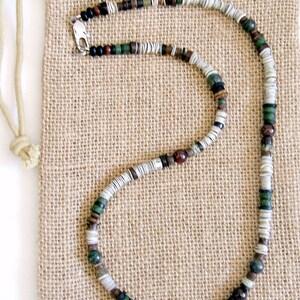Men/'s Garnet Gray Green Earth Necklace
