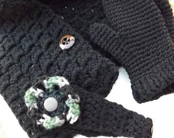 Three Piece Gift Set; Gift Set; Black Gift Set; Woman's Gift Set; Christmas Gift Set; Scarf and Mitten Set; Crochet Mitten Set