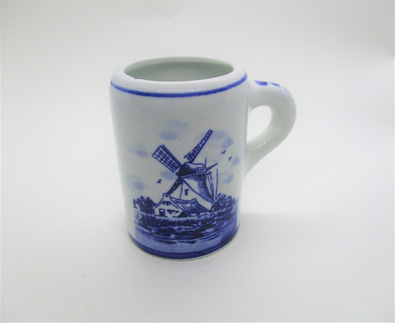 Miniature Delft cup: small blue and white cup novelty image 0