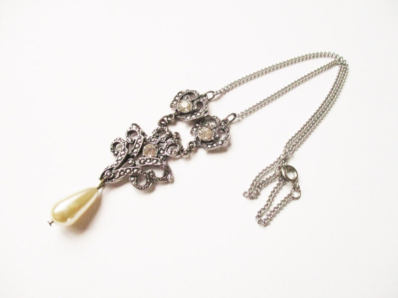Pearl marcasite necklace: Pretty articulated marcasite image 0