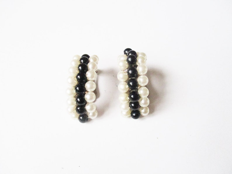 Costume pearl earrings: High luxe black lucite and faux pearl image 0