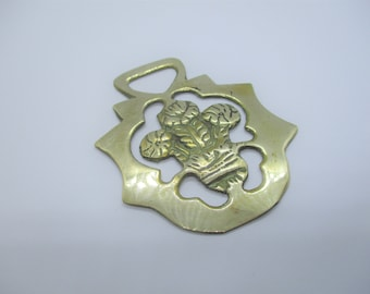 Welsh horse brass: Sweet rare unusual antique horse brass with Prince of Wales white feathers design, Victoriana ornament, Welsh horse brass