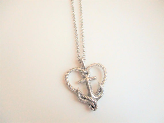 Silver anchor pendant: high quality silver plate n