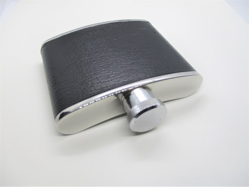 Stainless steel hipflask: Shiny small size stainless steel & image 0