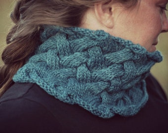 Knitting Pattern - French Creek Cowl - Knit Cowl Pattern - Cable Knit - Knitted - Scarf - Womens